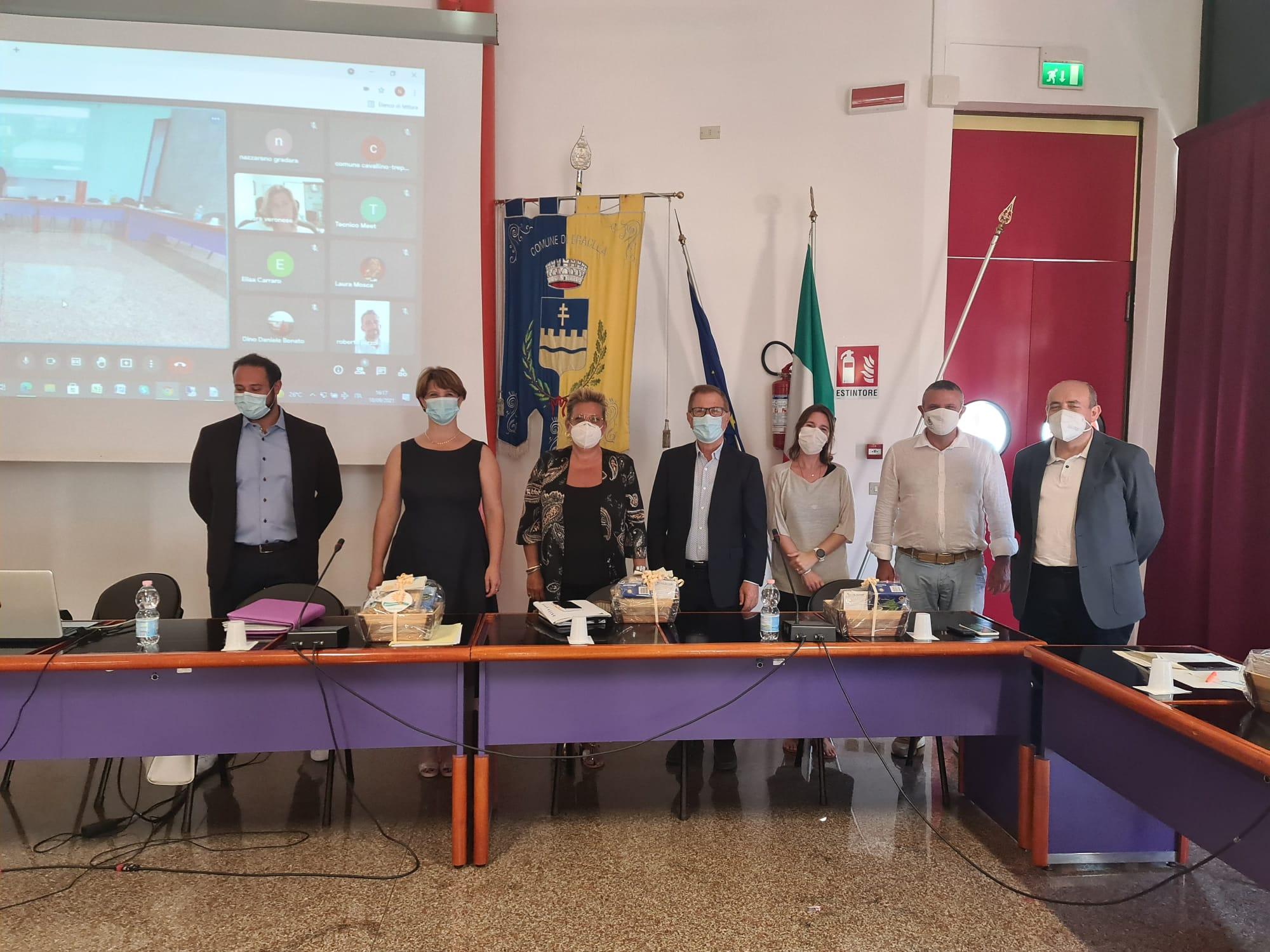 La Conferenza dei Sindaci del Litorale Veneto traccia un bilancio positivo della stagione estiva che volge al termine. Nella riunione, il saluto ai colleghi che lasciano la conferenza per limiti di mandato